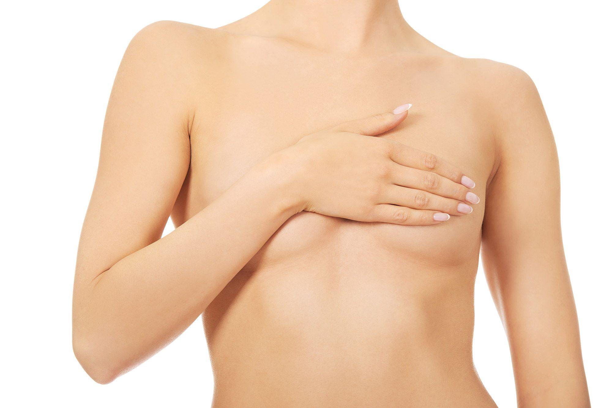 Lipofilling mammaire à Paris, les avantages avec le Dr Runge